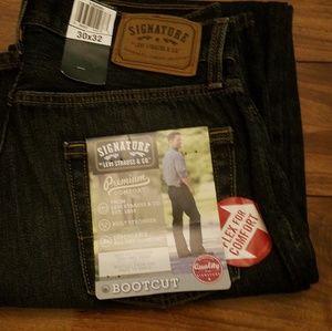 Men's Signature, Levi's Strauss & Co. Jeans